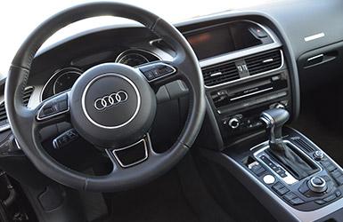 L'intérieur haut de gamme de l'audi A5 Sportback, location Audi A5 chez Starge Location