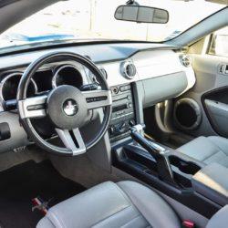 L'intérieur sportif de la Ford Mustang de Starge Location