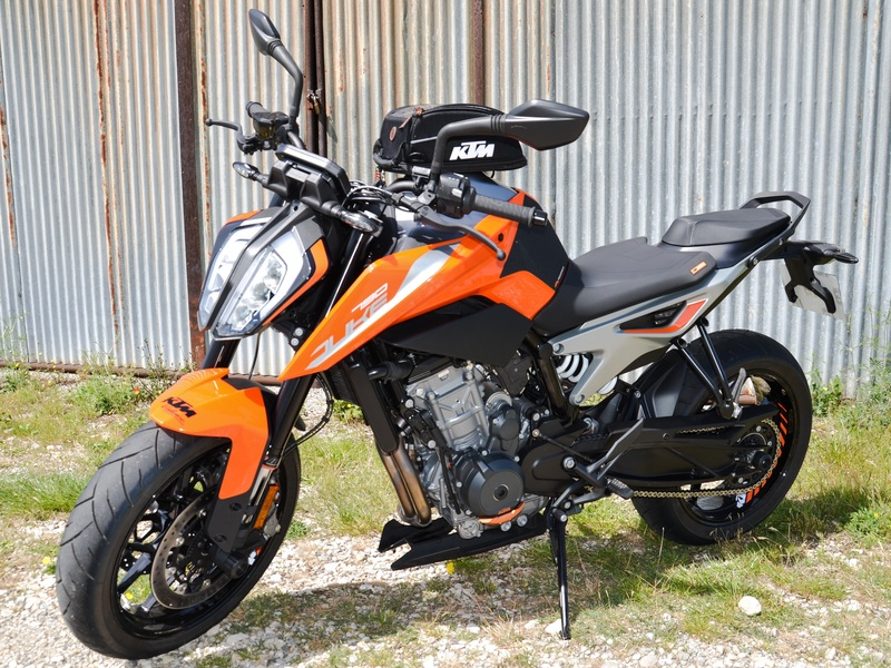 starge-location-ktm-790-duke-1-800x600