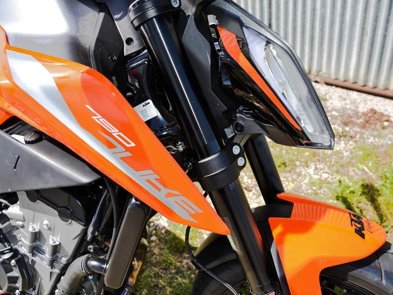 starge-location-ktm-790-duke-2-800x600