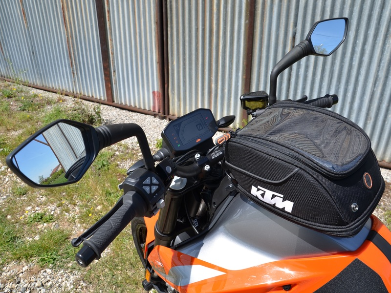 starge-location-ktm-790-duke-4-800x600