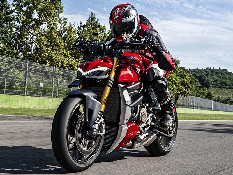 Ducati_Streetfighter_V4_S_3_800x600