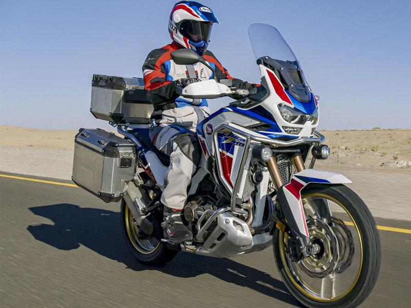 Honda_1100_Africa_Twin_Adventure_Dct_Eera_2_800x600